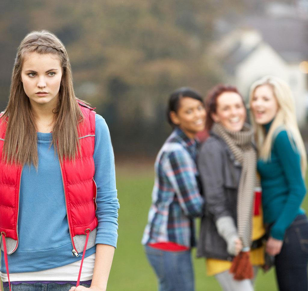 Cuatro Pasos: Guía práctica para ayudar a los jóvenes a superar el acoso escolar